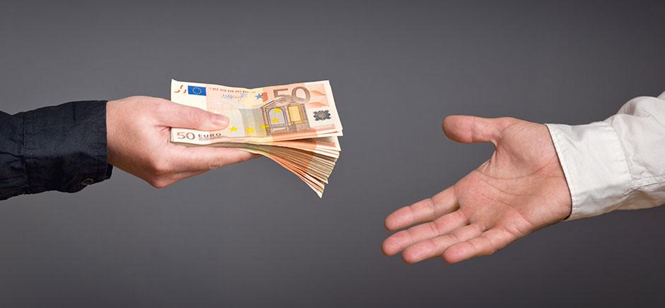Risultati immagini per chiedere prestiti